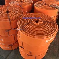 ống bạt vàng tải nước